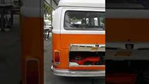 1978 Volkswagen Bus with 12V Electric Automotive Air Conditioning Compressor